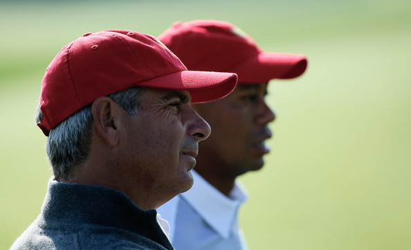 Tiger Woods and Fred Couples (Courtesy: Zimbio.com)