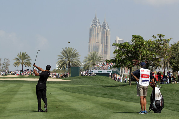 Tiger Woods in Dubai (Courtesy: Zimbio.com)